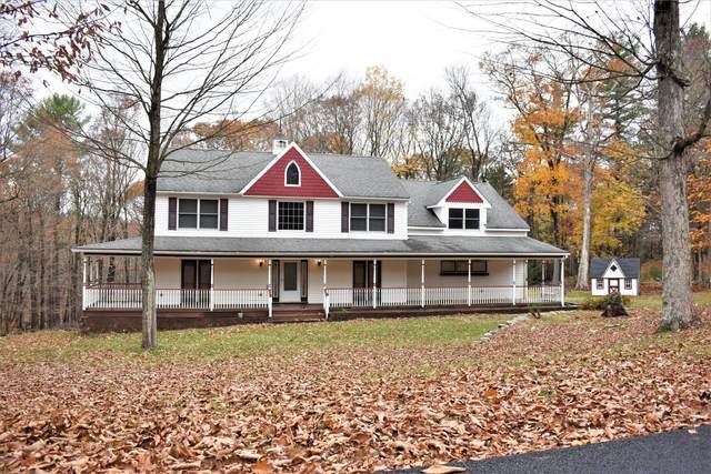 102 White Pine Court, Milford, PA 18337 (MLS #20-4375) :: McAteer & Will Estates | Keller Williams Real Estate