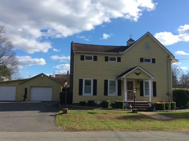 306 Avenue D, Matamoras, PA 18336 (MLS #20-4581) :: McAteer & Will Estates | Keller Williams Real Estate