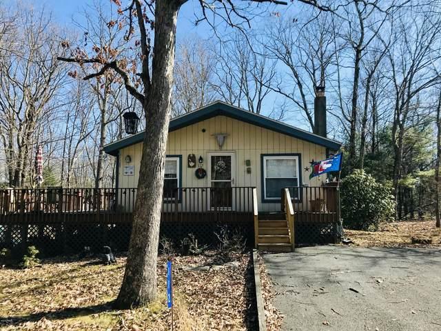 112 Persimmon Dr, Dingmans Ferry, PA 18328 (MLS #20-724) :: McAteer & Will Estates | Keller Williams Real Estate