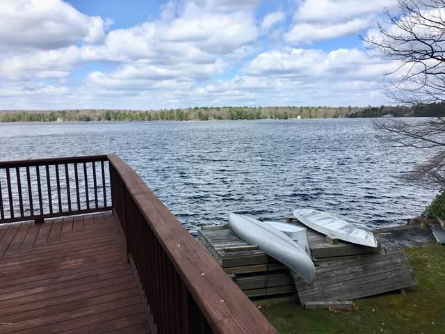915 Twin Lakes Rd, Shohola, PA 18458 (MLS #20-1356) :: McAteer & Will Estates | Keller Williams Real Estate