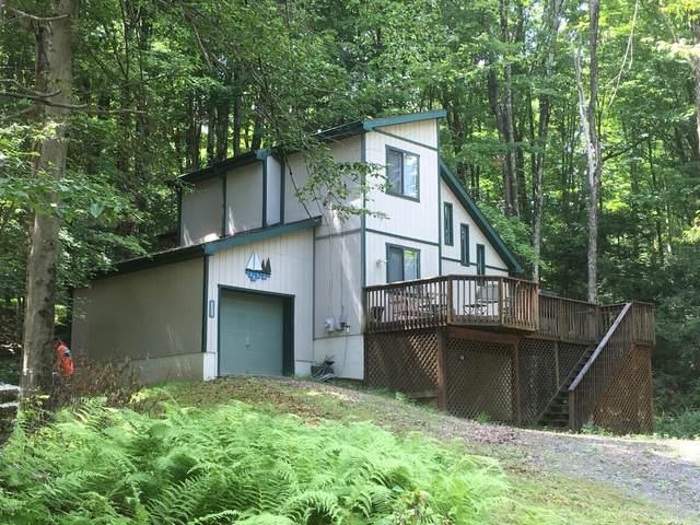 1027 Tomahawk Rd, Lake Ariel, PA 18436 (MLS #20-2984) :: McAteer & Will Estates | Keller Williams Real Estate