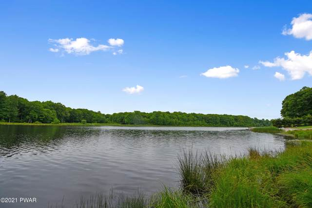 131 High Meadow Dr, Milford, PA 18337 (MLS #21-2037) :: McAteer & Will Estates | Keller Williams Real Estate