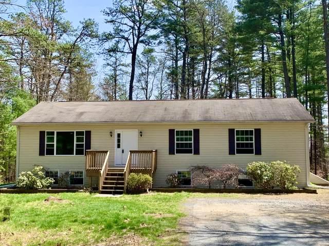 102 Meadow Brook Ct, Dingmans Ferry, PA 18328 (MLS #21-567) :: McAteer & Will Estates | Keller Williams Real Estate