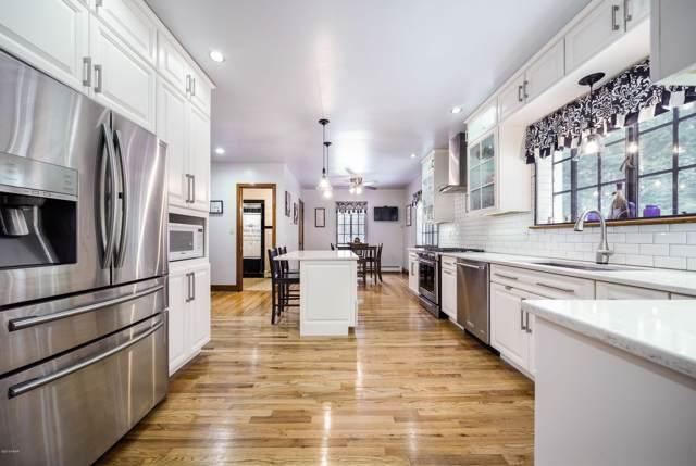 120 Richardson Ave, Shohola, PA 18458 (MLS #19-682) :: McAteer & Will Estates | Keller Williams Real Estate
