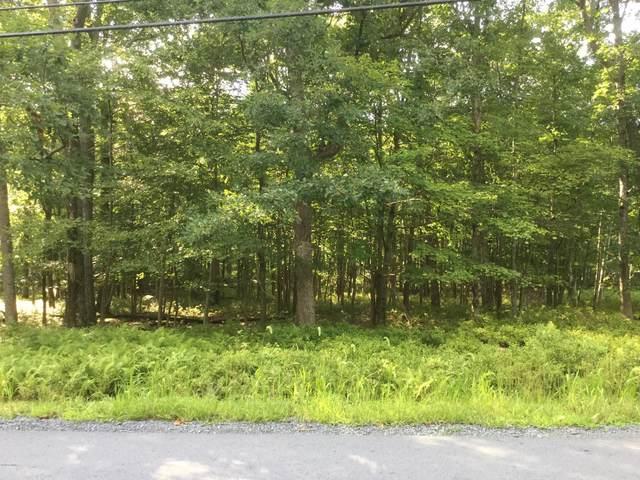 247 Aspen Dr, Milford, PA 18327 (MLS #20-3147) :: McAteer & Will Estates | Keller Williams Real Estate