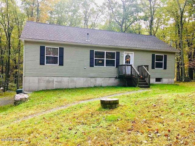 122 Dogwood Ter, Milford, PA 18337 (MLS #19-4574) :: McAteer & Will Estates | Keller Williams Real Estate