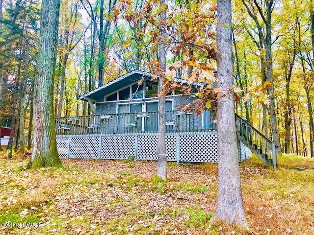 227 Ridge Dr, Milford, PA 18337 (MLS #19-4702) :: McAteer & Will Estates | Keller Williams Real Estate