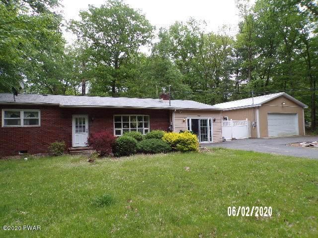 120 Persimmon Dr, Dingmans Ferry, PA 18328 (MLS #20-1640) :: McAteer & Will Estates | Keller Williams Real Estate