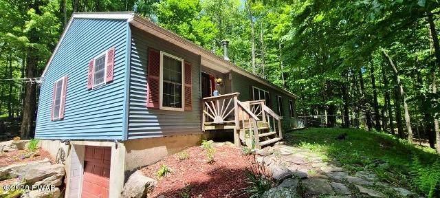 147 Oakwood Dr, Greentown, PA 18426 (MLS #20-1752) :: McAteer & Will Estates   Keller Williams Real Estate