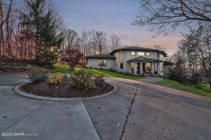 208 Grouse Hill Road - Photo 1