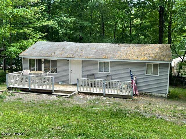 118 Hawthorne Dr, Dingmans Ferry, PA 18328 (MLS #21-1770) :: McAteer & Will Estates | Keller Williams Real Estate