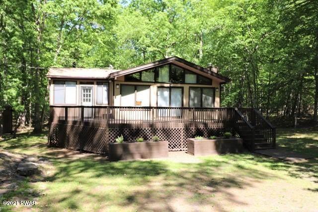803 Buckhorn Ct, Hawley, PA 18428 (MLS #21-1893) :: McAteer & Will Estates | Keller Williams Real Estate
