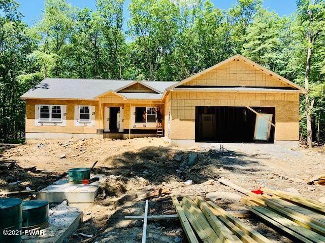 551 Raymondskill Rd, Milford, PA 18337 (MLS #21-2221) :: McAteer & Will Estates | Keller Williams Real Estate