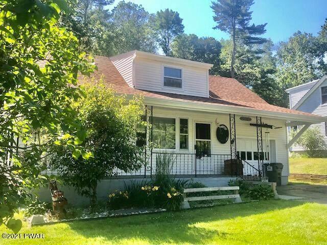 122 Moon Valley Rd, Milford, PA 18337 (MLS #21-2331) :: McAteer & Will Estates | Keller Williams Real Estate