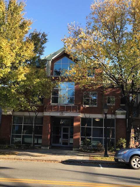 221 Broad St, Milford, PA 18337 (MLS #19-4954) :: McAteer & Will Estates | Keller Williams Real Estate