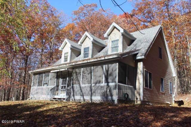 43 Tennis Club Cir, Lakeville, PA 18438 (MLS #19-5017) :: McAteer & Will Estates | Keller Williams Real Estate