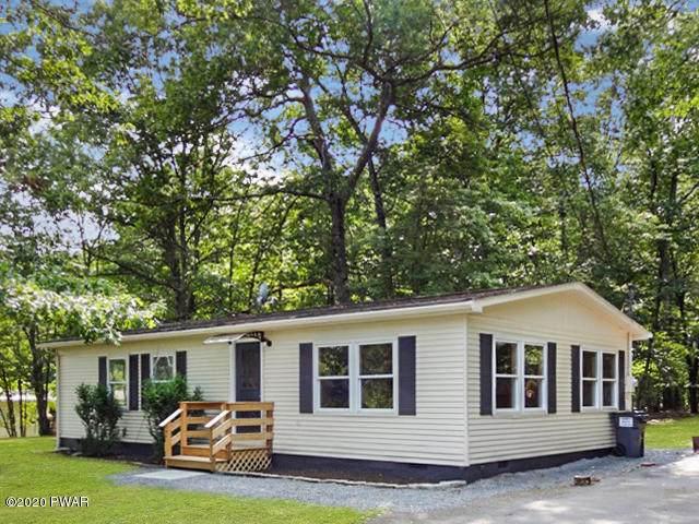 114 Cloudcrest Dr, Hawley, PA 18428 (MLS #20-3659) :: McAteer & Will Estates | Keller Williams Real Estate
