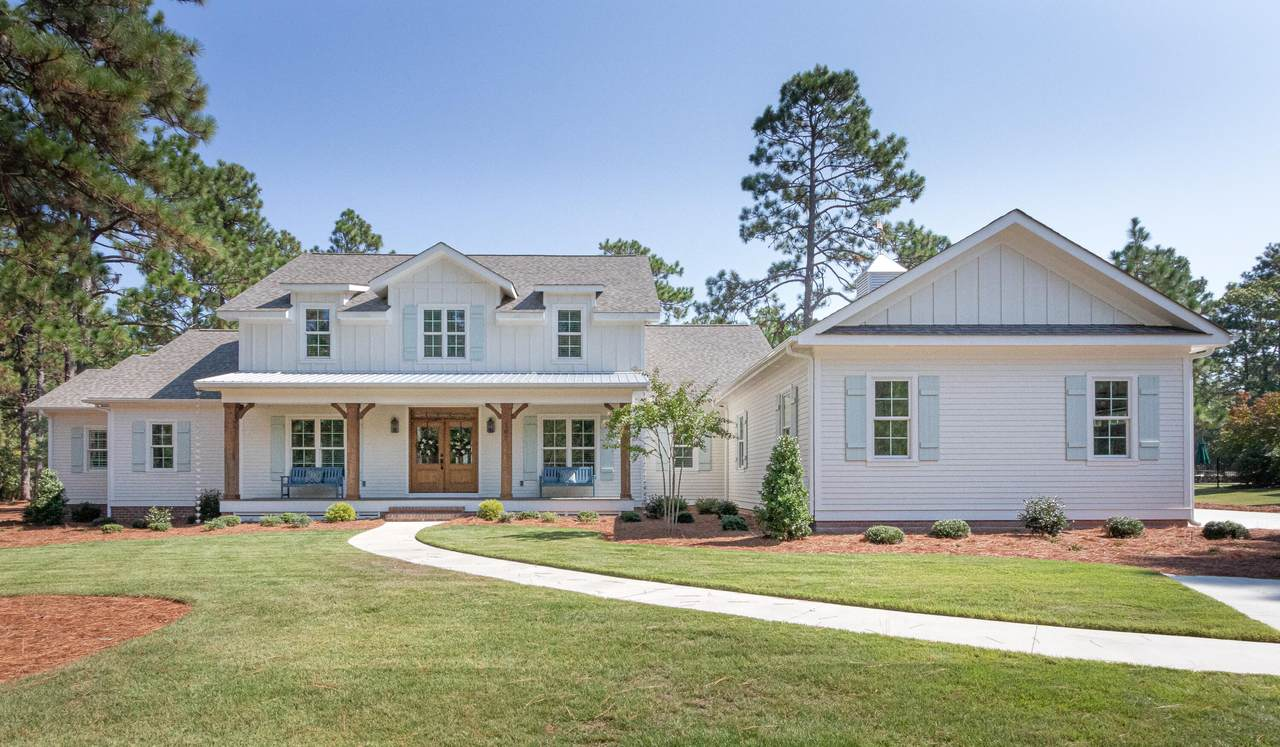 107 Chesterfield Drive - Photo 1