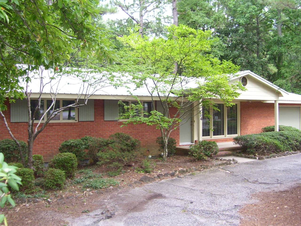 194 Boiling Springs Circle - Photo 1