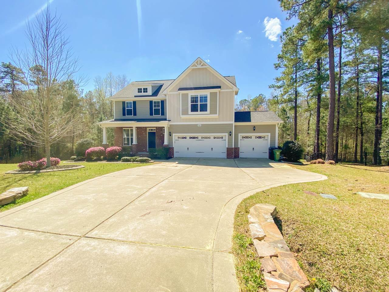 962 Whispering Pines Drive - Photo 1
