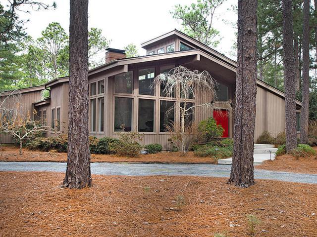 225 Linden Rd, Pinehurst, NC 28374 (MLS #186382) :: Weichert, Realtors - Town & Country