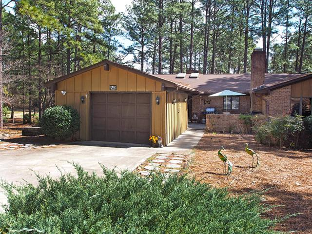 649 Redwood Drive, Southern Pines, NC 28387 (MLS #187188) :: Weichert, Realtors - Town & Country
