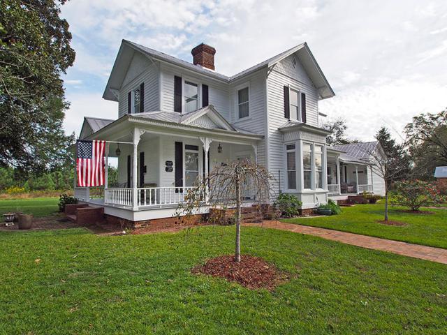 121 Carthage Street, Cameron, NC 28326 (MLS #191012) :: Pinnock Real Estate & Relocation Services, Inc.
