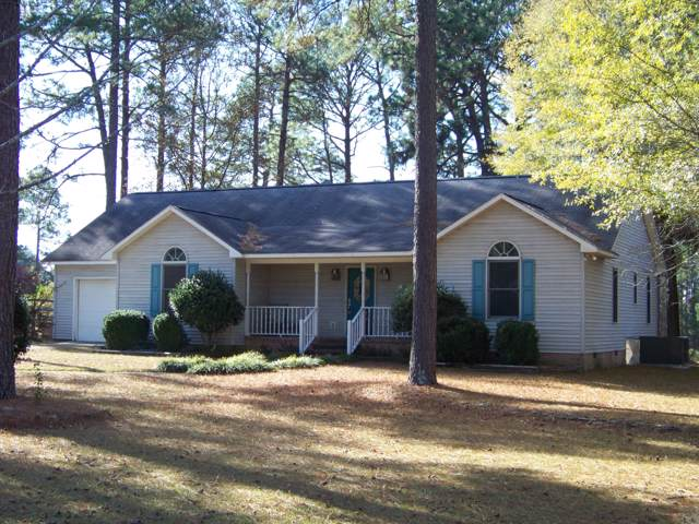 235 Horseshoe Drive, Southern Pines, NC 28387 (MLS #197634) :: Pinnock Real Estate & Relocation Services, Inc.