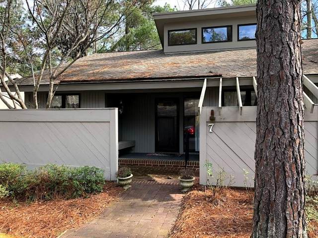 7 Village By The Lake, Southern Pines, NC 28387 (MLS #199021) :: Pinnock Real Estate & Relocation Services, Inc.