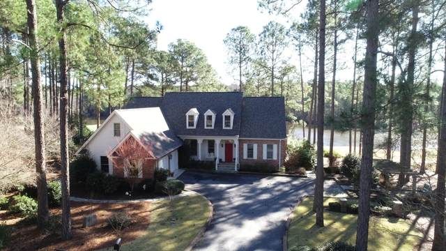 7 N North South Court, Southern Pines, NC 28387 (MLS #200176) :: Pinnock Real Estate & Relocation Services, Inc.