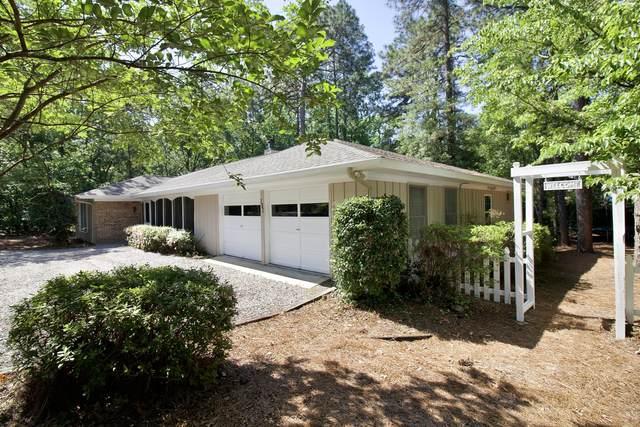 910 Monticello Drive, Pinehurst, NC 28374 (MLS #200690) :: Pines Sotheby's International Realty