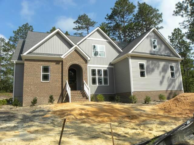1 Overcup Lane Lane, Pinehurst, NC 28374 (MLS #201126) :: Pinnock Real Estate & Relocation Services, Inc.