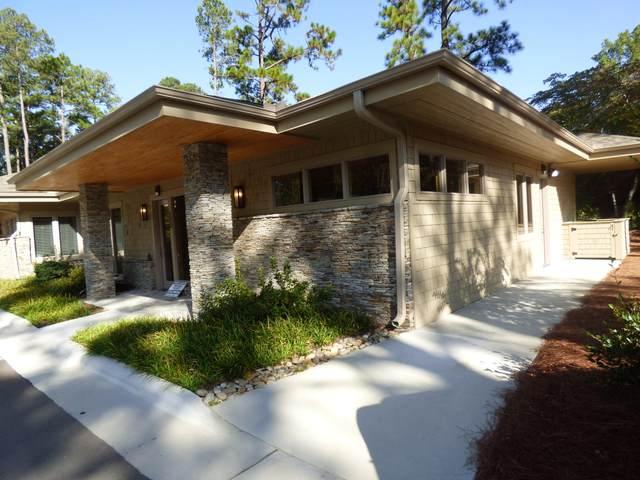 7 Village Club Court #100, Southern Pines, NC 28387 (MLS #202550) :: Pinnock Real Estate & Relocation Services, Inc.