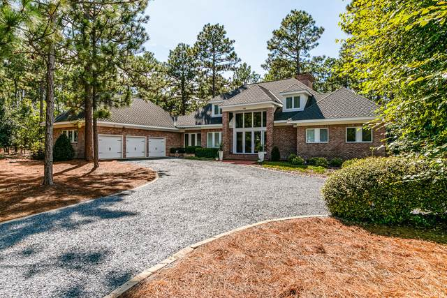 110 Chesterfield Drive, Pinehurst, NC 28374 (MLS #202556) :: Pinnock Real Estate & Relocation Services, Inc.