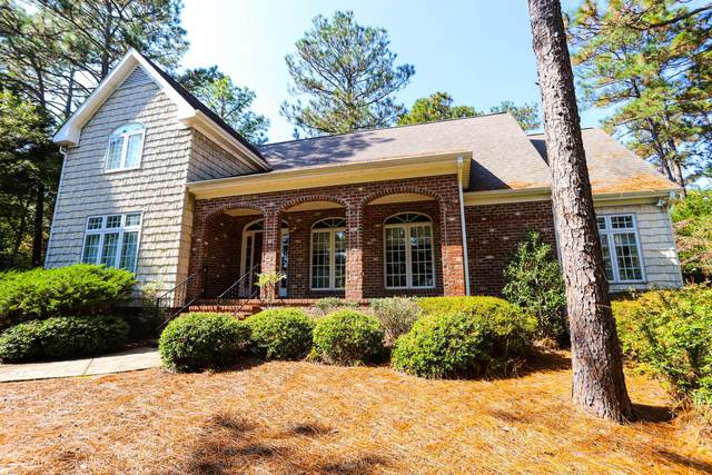 675 SE Lake Forest Drive, Pinehurst, NC 28374 (MLS #202883) :: Pinnock Real Estate & Relocation Services, Inc.