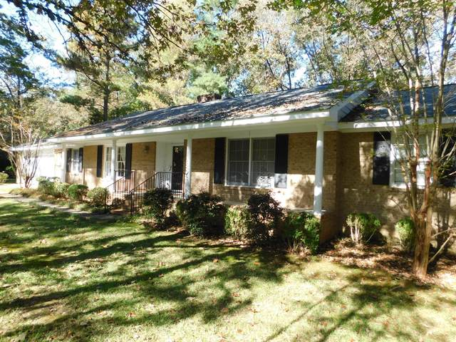 210 Tartan Trail, Southern Pines, NC 28387 (MLS #202950) :: Pinnock Real Estate & Relocation Services, Inc.