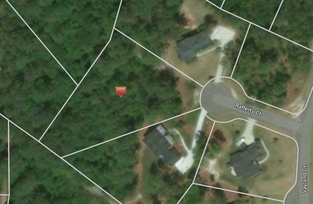 5 Rafferty Court, Whispering Pines, NC 28327 (MLS #203299) :: Towering Pines Real Estate