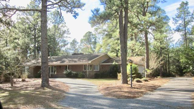 16 S Shamrock Drive, Foxfire, NC 27281 (MLS #203672) :: Pines Sotheby's International Realty