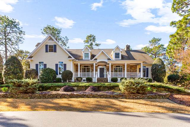 70 Oak Meadow Road, Pinehurst, NC 28374 (MLS #203811) :: Pines Sotheby's International Realty