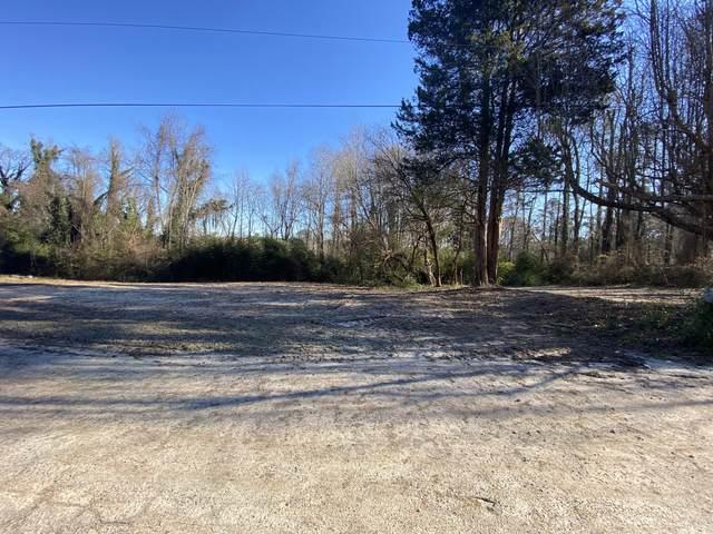 106 Davis Street, Carthage, NC 28327 (MLS #204224) :: Pinnock Real Estate & Relocation Services, Inc.