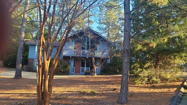 60 Walnut Creek Road, Pinehurst, NC 28374 (MLS #204629) :: Pines Sotheby's International Realty