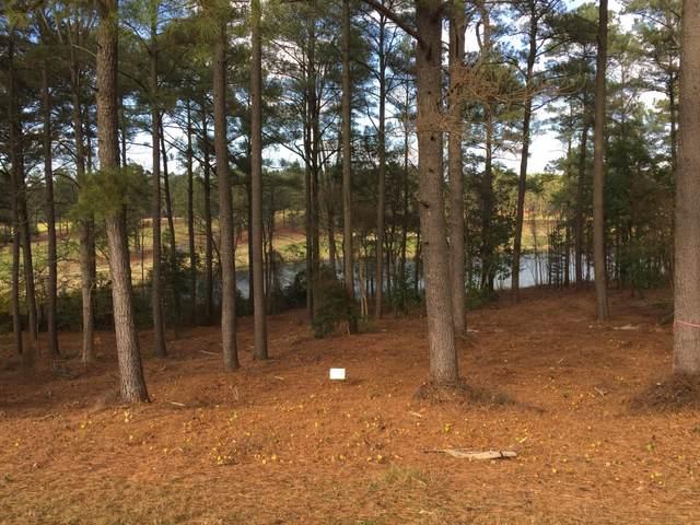 18 W Wedgewood Drive, Foxfire, NC 27281 (MLS #205001) :: Towering Pines Real Estate