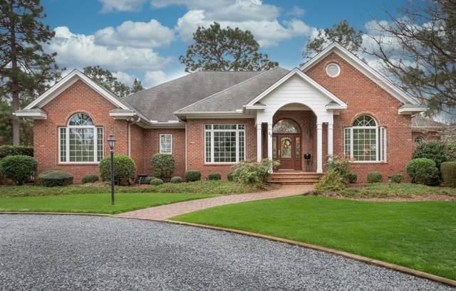 48 Oak Meadow Road, Pinehurst, NC 28374 (MLS #205276) :: Towering Pines Real Estate
