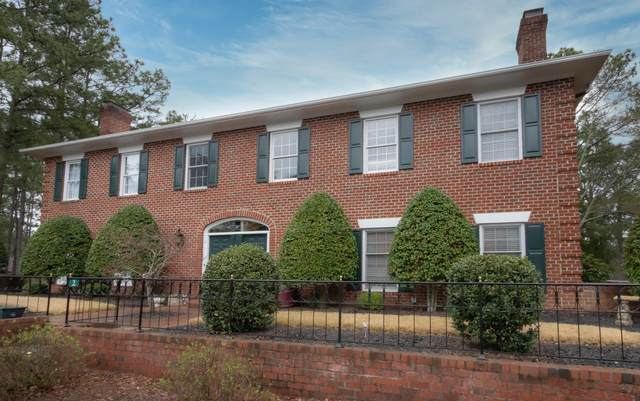 2 Drayton Court, Southern Pines, NC 28387 (MLS #205300) :: Towering Pines Real Estate