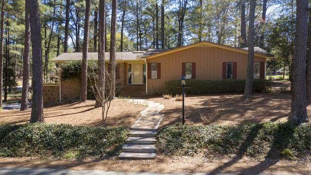 30 Inverness Road, Pinehurst, NC 28374 (MLS #205307) :: Towering Pines Real Estate