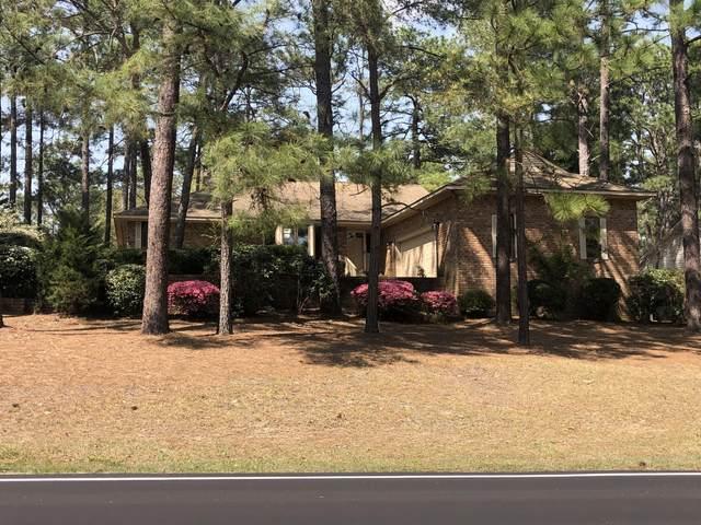 945 Monticello Drive, Pinehurst, NC 28374 (MLS #205327) :: Towering Pines Real Estate