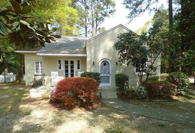 45 Everette Road, Pinehurst, NC 28374 (MLS #205496) :: Towering Pines Real Estate