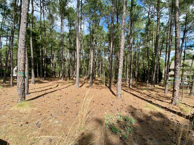 81 Abbottsford Drive, Pinehurst, NC 28374 (MLS #205500) :: Towering Pines Real Estate