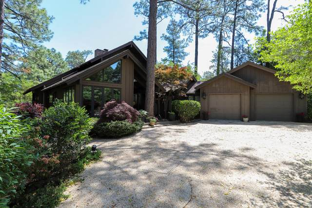 160 Thunderbird Lane, Pinehurst, NC 28374 (MLS #205810) :: Towering Pines Real Estate