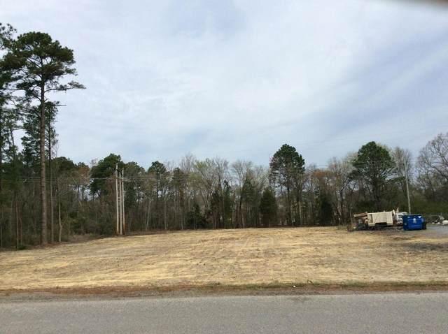 326 Fields Drive, Aberdeen, NC 28315 (MLS #205834) :: Pines Sotheby's International Realty